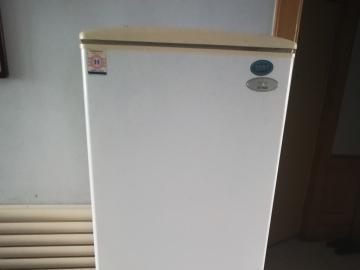 低價出售新飛冰箱